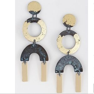 Jewelry - Black and Gold Oxidized Earrings